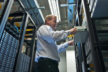 Advantages of Using a Dedicated Server